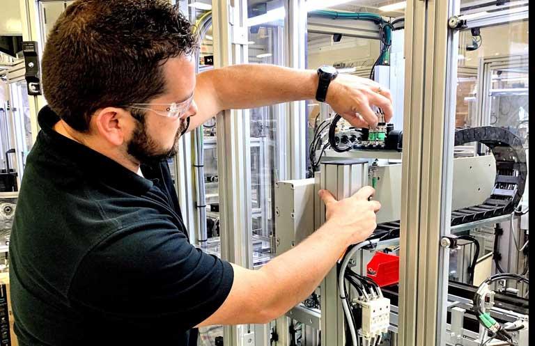 Manufacturing Careers at Lanco